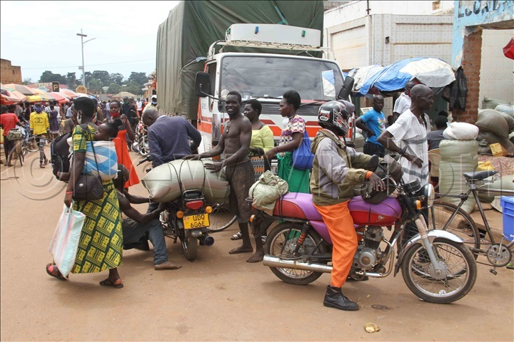 Traders in Lira town. Photo by Hudson Apunyo.