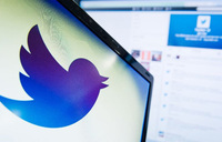Twitter gets lift from uptick in user numbers