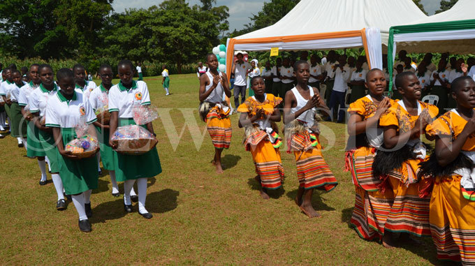 he students carry offertory