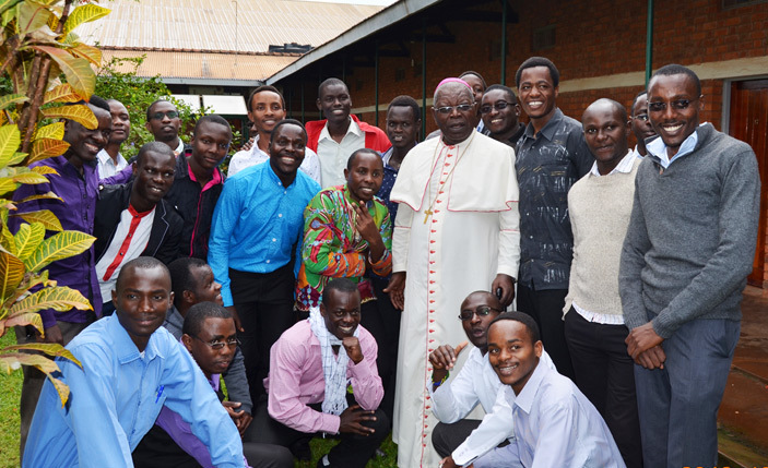 rchbishop akyenga with seminarians of the issionaries of frica from inja hilosophy entre