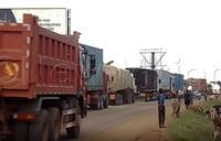 Busia border choking with traffic