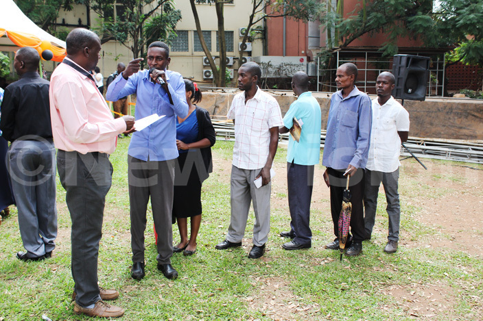 ne of the the clients narrates his ordeal during the ministry of land  pen ay