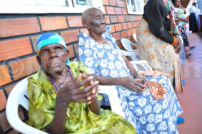 ome of the needy and elderly persons at akateyambas ome at alukolongo