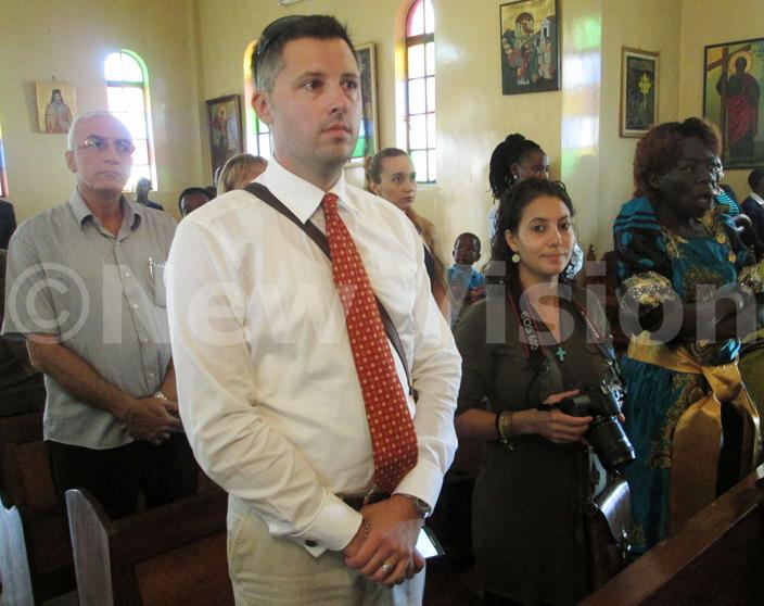 rthodox hristians during the aster prayers at amungoona rthodox hurch