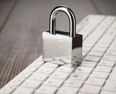 securitypadlockonkeyboardlockedcomputerstock100667470orig