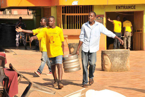 youth carrying beers which they enjoyed in cerebrations