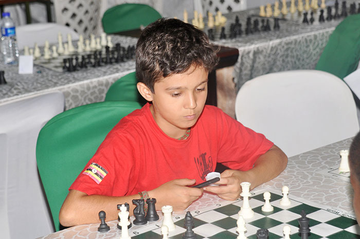 ahil kbar in action during the  outh hess hamapionship ampala qualifiers at ga han ctober 11 2019 hoto by ichael subuga