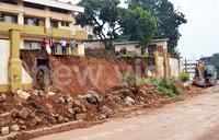 School fence collapses on eight street kids
