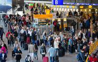 Court orders Lufthansa pilots to halt strike, 140,000 passengers grounded