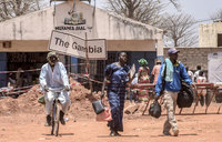 Gambia, Senegal hold border blockade talks