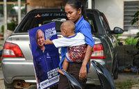 Malaysia's tense vote fuels damaging ethnic 'brain drain'