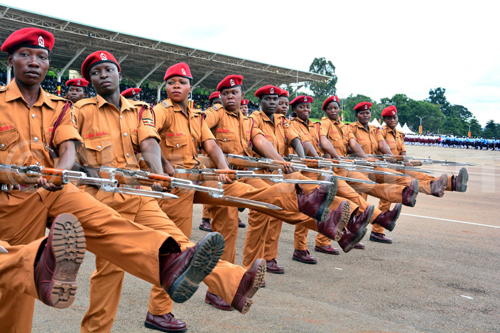 emale prisons warders march during the 2016 nternational omens ay celebrations