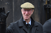 England 1966 great and Irish 'icon' Jack Charlton dies