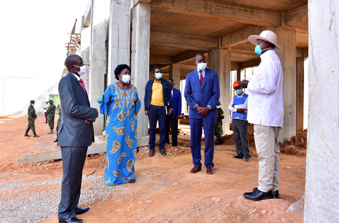 President Museveni interacts with  with Dei Biopharma pharmaceutical company officials