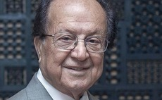 Former DIFC and DFSA chief dies