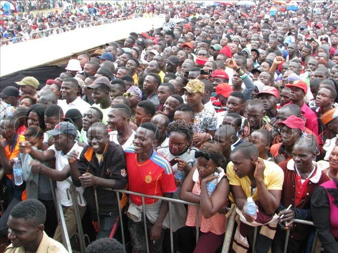 he crowd still growing in big number for the nkuuka celebrations