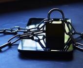 padlocked-mobile