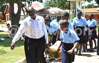 Pupils donate to the needy