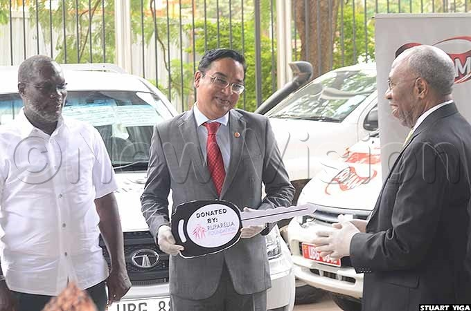 he pickups were delivered by mit achdeva the chief sales executive of uparelia oundation