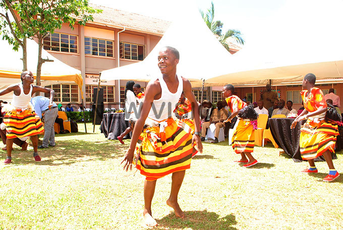upils of ackay ollege performing the ibuganda dance during the usic ance and rama aunch at itante ill chool hoto by ary ansiime