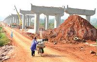 Chinese paying Ugandans sh3,000 daily