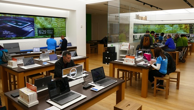 Closing Microsoft Stores means more support and buying headaches for Windows users