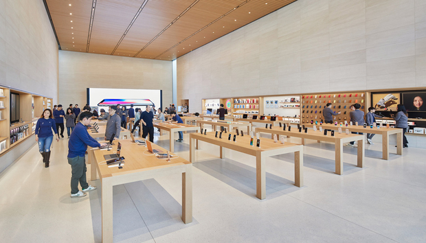 Apple requires masks and temperature checks as U.S. stores begin to reopen
