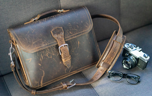 Saddleback Leather Thirteener Thin Leather Briefcase review: Tough scuff