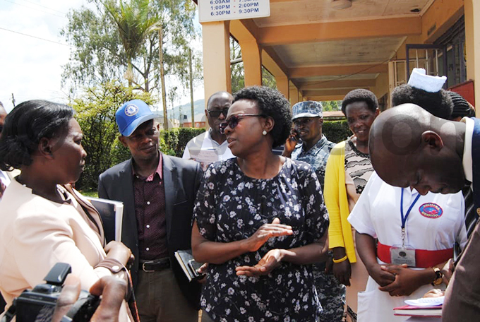 ealth minister ane uth ceng interacting with health workers at ugarama ospital hoto by ob amanya