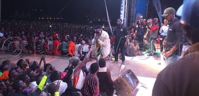 ohn lack on stage entertaining the nkuuka crowd