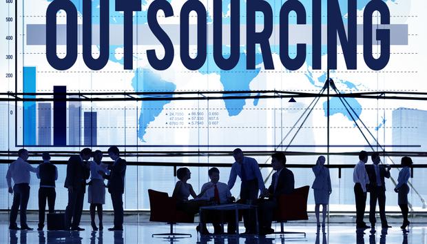 outsourcingemployeests100615786orig