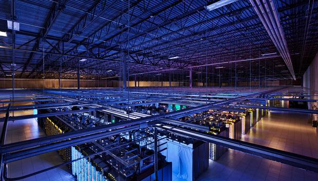 googledatacenter100528834orig
