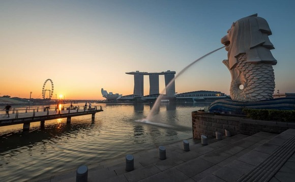 Brexit fears push City professionals to look for jobs in Singapore