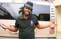 I will never kiss a woman who smokes - Bebe Cool