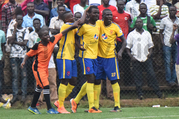 ackson unda  is congratulated after scoring the pick of the goals hoto by palanyi senongo