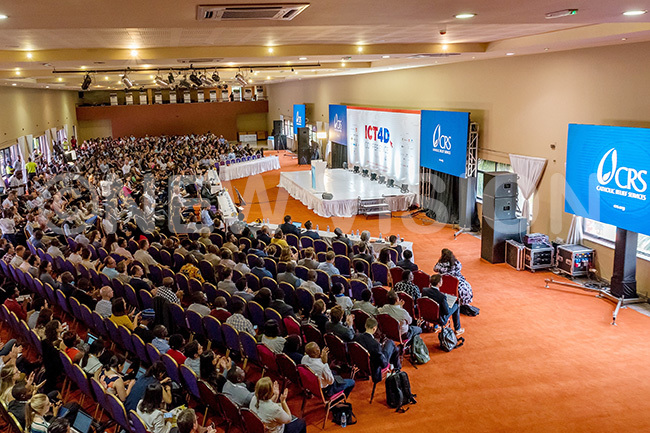 ome of the participants at the 4 2019 onference