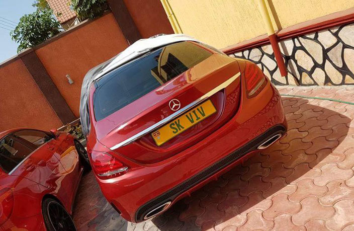 he car with a personalised number plate that buga purchased for irungi hoto wen agabaza