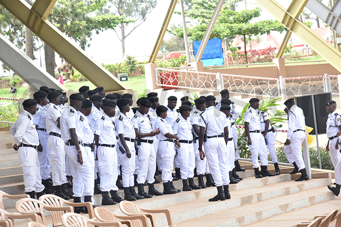 raffic olice in a meeting at the atholic shrine hoto by oderick himbazwe