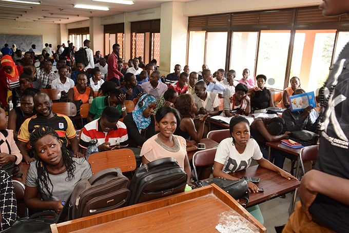 tudents of cience in ducation at the ollege of atural cience waiting for a lecturer at akerere niversity on uesday hoto by imothy urungi