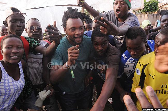 ocal reggae sensation amal excited the locals of jeru when he showed up for yege yege