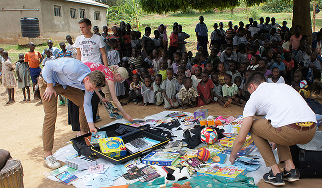 wide range of scholarstic materials were donated by the visiting team from weden redit ulius uwemba