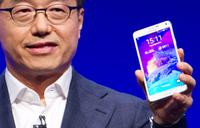 Samsung unveils new phablets, virtual headset