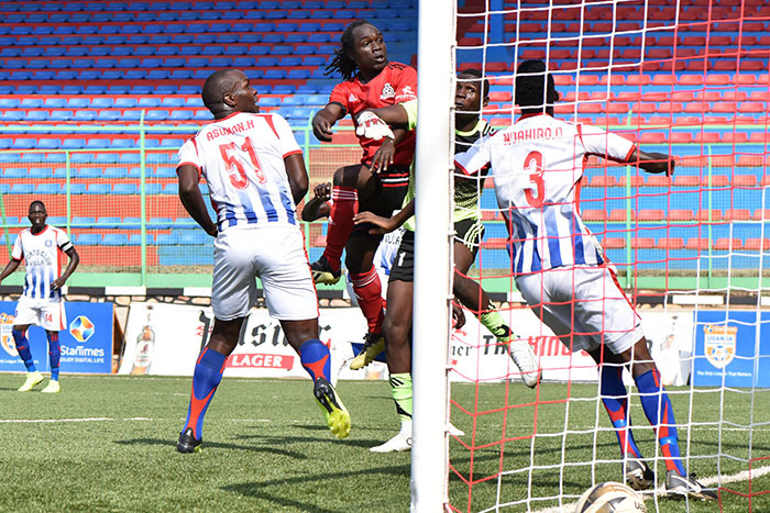 ipers forward an serunkuuma looks on after missing a free header at goal against  illa
