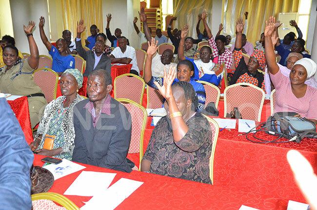 articipants voting in favour of immediate closure of street children
