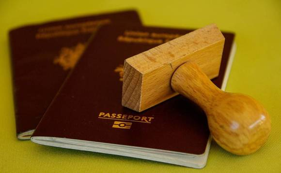 EU urges golden visa clampdown
