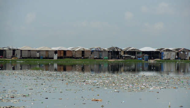 lagos-slum-boellstifung