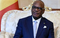 Mali leader declares 'unity' on terror after Burkina attack