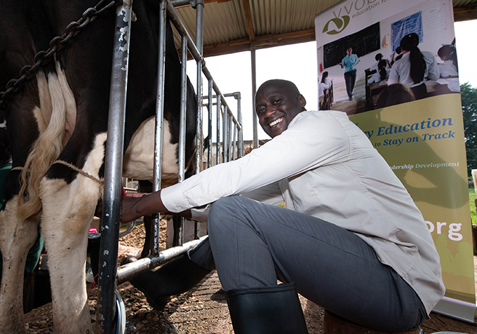 abichi was introduced to milking cows for the first time using both hand and machine milking hoto by oseph enyondo