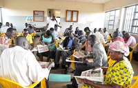 Teachers vow to use newspapers to improve grades