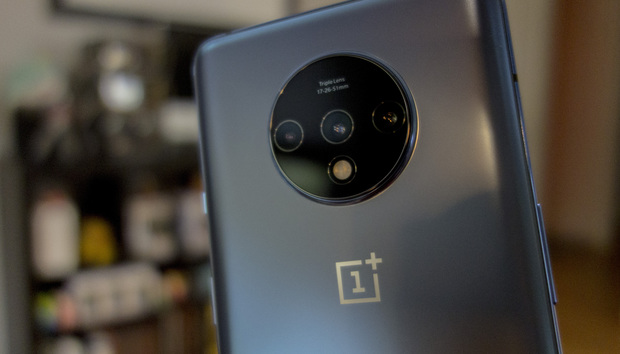 OnePlus 7T hands-on: Circle gets the square